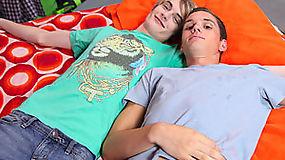 Adam Scott lures Preston Andrew on cheating on his current boyfriend