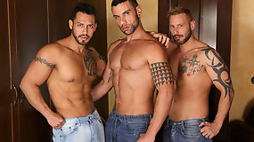 n the Flesh - Letterio Amadeo, Viktor Rom, Antonio Miracle