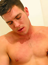 Hot straight guy Paddy makes out by playing ...