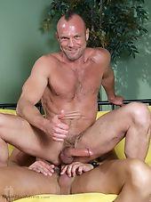 Straight: Colin Steele Bait: Chad Brock