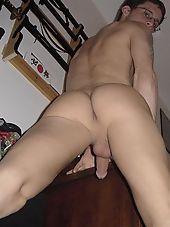 Muscular hunk posing nude