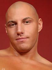 Straight: Justin Riddick