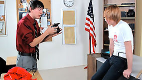 Geeky twink bond with photography teacher and submit into sucking cock