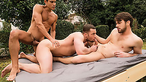 Stas Landon And Rafael Carreras Double-Penetrate Zander Craze