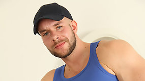 Naked Beefy Stud Alexx Ham Beating His Fat Dick For You