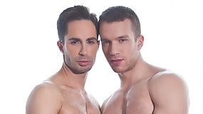 Michael Lucas Fucks Jake Andrews Bareback